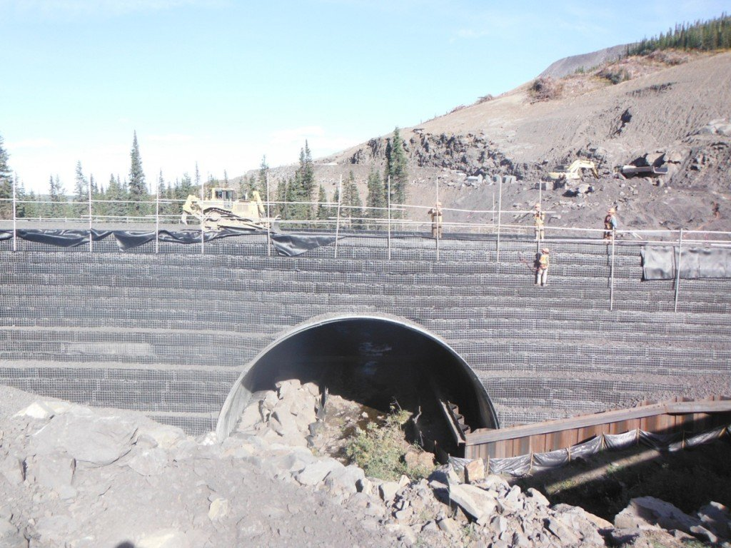 Peace River Coal – Arch Culvert Project PRC Arch Culvert1 3 555x416